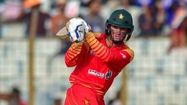 Sean Williams' second ODI hundred helped Zimbabwe to 286/5 in the 3rd ODI against Bangladesh at Chittagong on Friday.