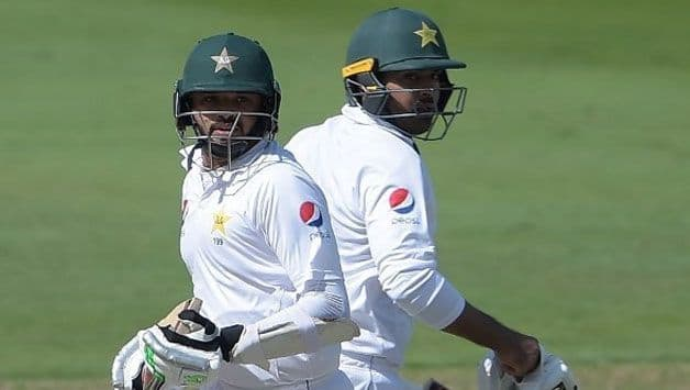 2nd Test: Azhar, Sohail drive Pakistan on tough day