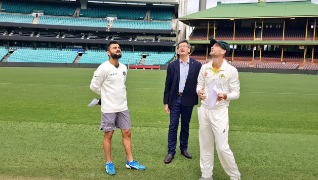 Former cricketers no fan of Virat Kohli wearing shorts for toss in warm-up match at SCG