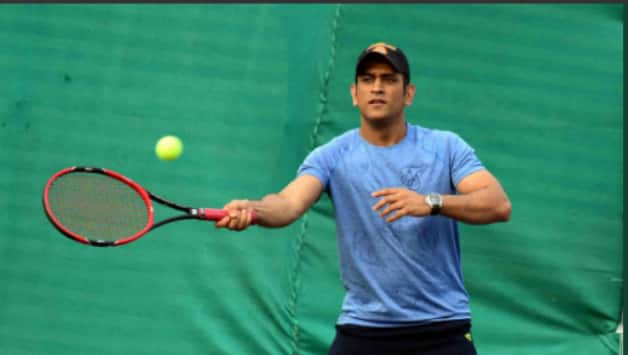 MS Dhoni crowned with championship in JSCA Country Cricket Club Tennis Championship