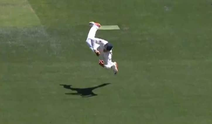 Usman Khawaja's one-handed stunner one of Justin Langer's favourite Test moments