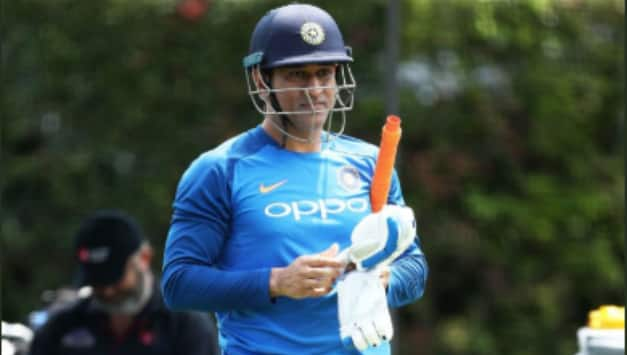 India vs Australia: MS Dhoni and other Indian cricketers practice ahead of the 1st ODI against Australia