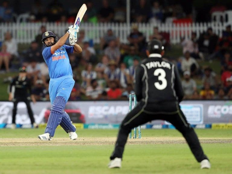 3rd ODI: India take series with seven-wicket win