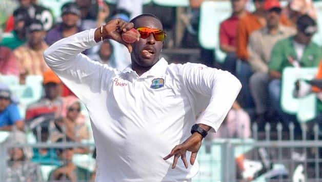 Shane Shillingford suspended from illegal bowling action