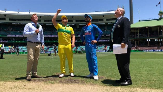 Aaron Finch won the toss and elected to bat first vs India