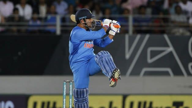 India vs New Zealand, 3rd T20I: MS Dhoni becomes 1st Indian batsman to play 300 T20 match