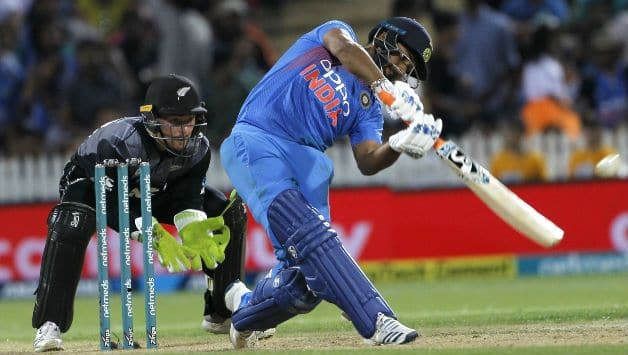 India should include Rishabh Pant in the playing XI for the World Cup says Mohammad Azharuddin
