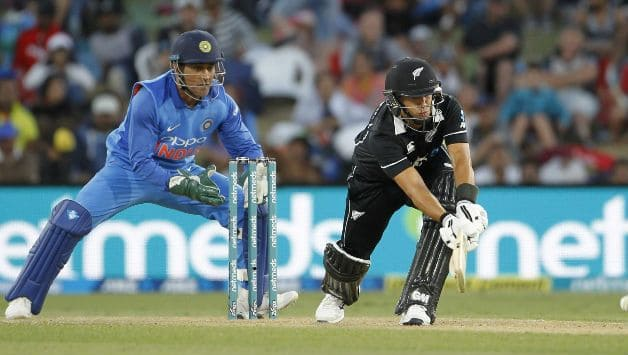 MS Dhoni pulls off a ridiculous run-out to leave James Neesham stunned in India vs New Zealand 5th ODI