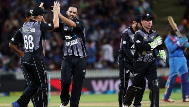 3rd T20I: New Zealand avoid Karthik scare to clinch series against India
