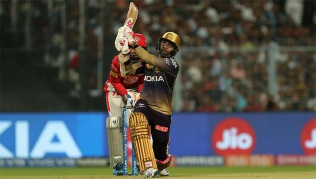 Narine leads early blitz