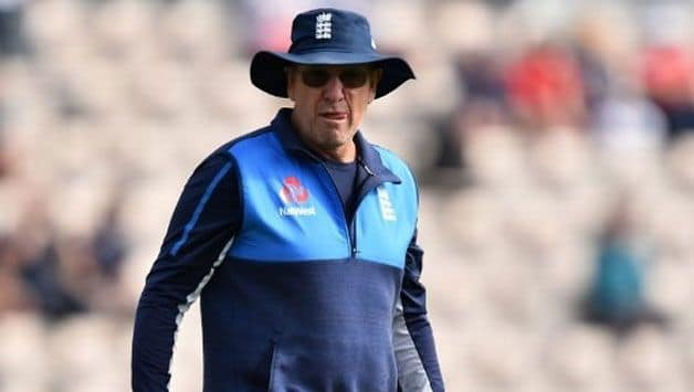 Bayliss, Farbrace expect more cricket in Pakistan