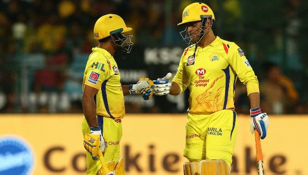 MS Dhoni: If you lose too many wickets upfront then the middle order can't go after the bowlers from the start
