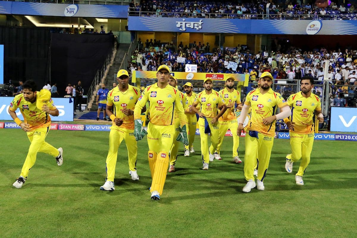 IPL 2019:Chennai Super Kings aim to seal play-off berth against Royal Challengers Bangalore