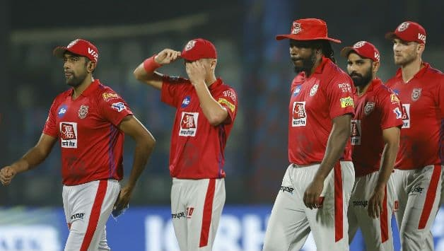IPL Match Comes to a Halt After Umpire shamsuddin Forgets Ball in His Pocket