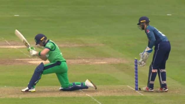 Video: Ben foakes's stunning MS Dhoni like stumping of Andy Balbirnie during Ireland v England ODI