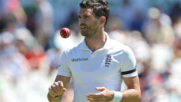 England pacer James Anderson suffers knee injury during county match