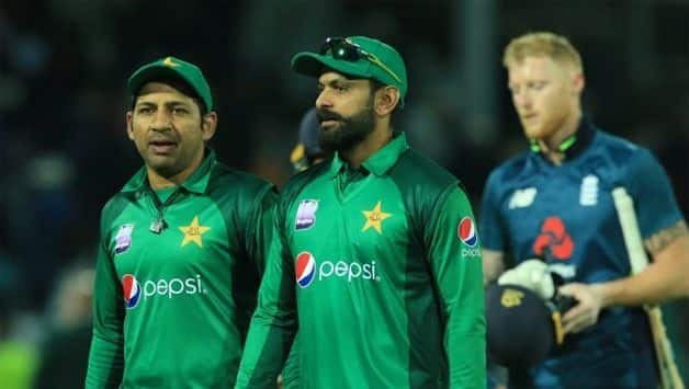 Shoaib Akhtar disappointed with Pakistan bowling after another defeat