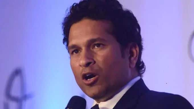 Sachin Tendulkar gives appropriate responds to ICC Twitter troll