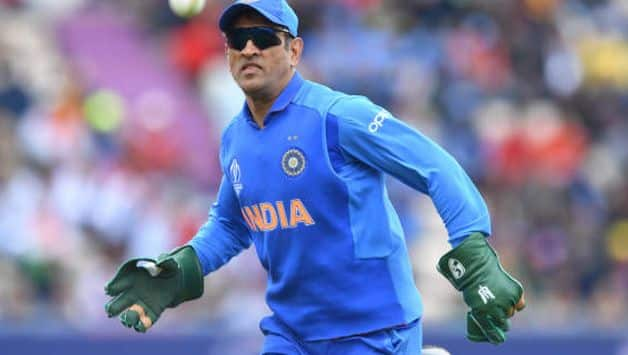 ICC to BCCI: Request MS Dhoni to remove Army insignia from gloves