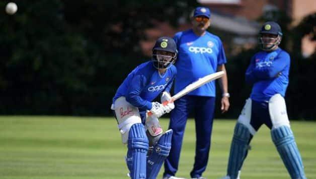 Rishabh Pant makes world cup debut; England opt to bat
