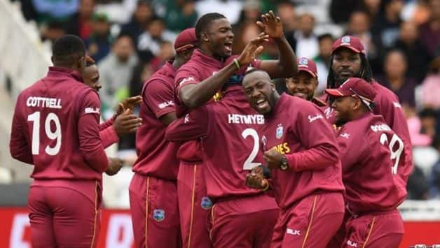 AUS vs WI: West Indies win toss and opt to bowl first vs Australia; Darren Bravo dropped