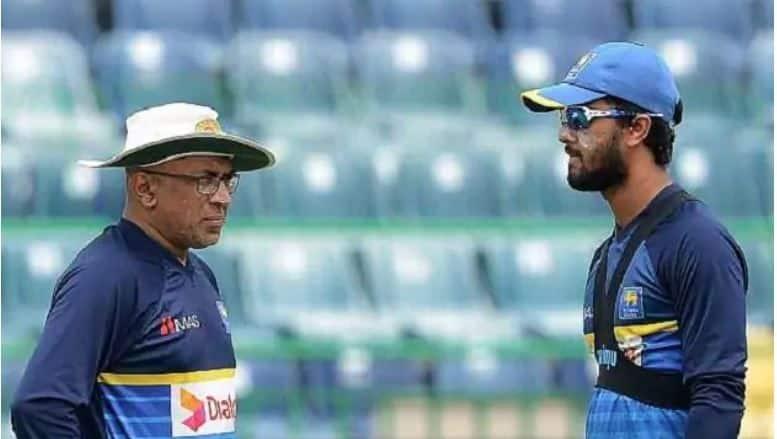 Chandika Hathurusingha asked to step down as Sri Lanka head coach