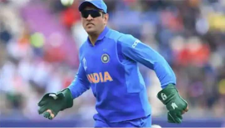 Sanjay Jagdale:Team India does not have the right option of MS Dhoni