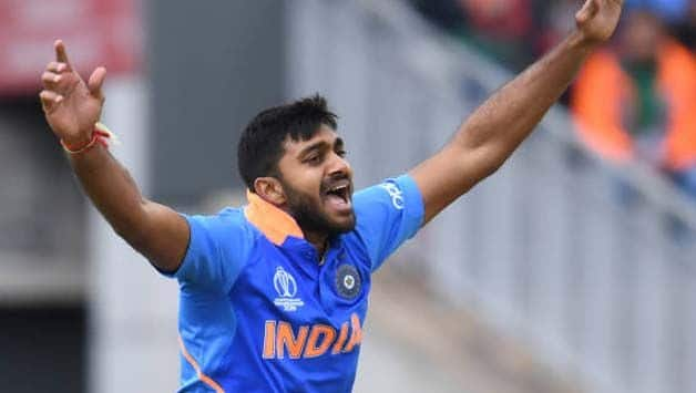 Vijay Shankar ruled out of world cup due to toe injury