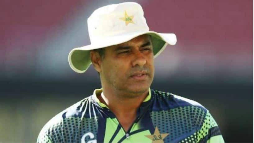 Waqar Younis slams senior Pakistani cricketers for not retiring early