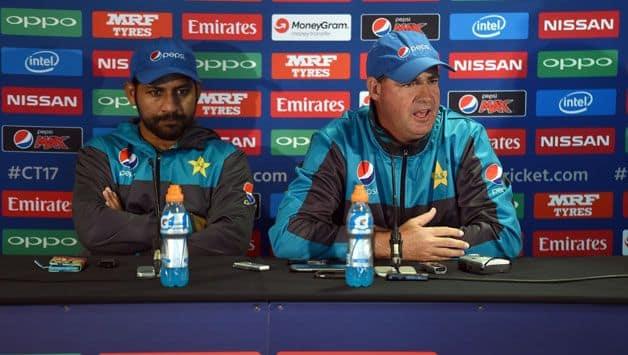 Head coach Mickey Arthur wants Sarfaraz Ahmed ousted as Pakistan captain