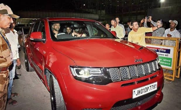 MS Dhoni Seen Riding His New Beast Jeep Grand Cherokee Trackhawk