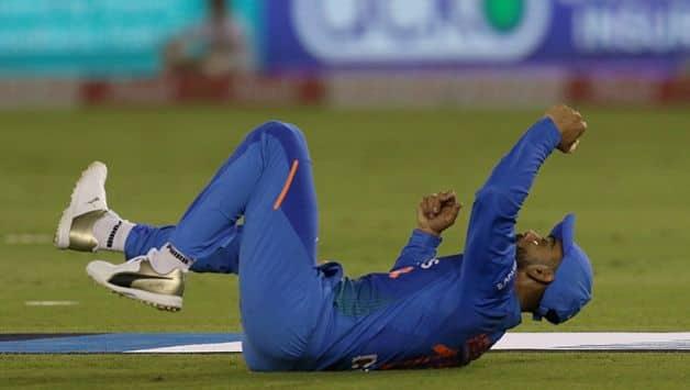 India vs South Africa, 2nd T20I: Twitterati reacts to Quinton de kock catch by Virat Kohli