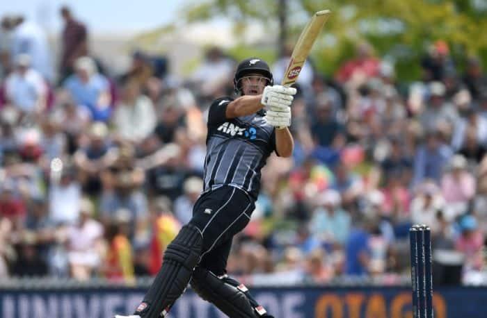 NZ vs ENG: इंग्लैंड के हाथ से फिसला जीता हुआ मैच, टी20 सीरीज में न्यूजीलैंड की 2-1 से बढ़त