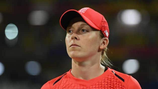 Covid-19 : England women's Team captain Heather Knight joins National Health Service (NHS) as a volunteer