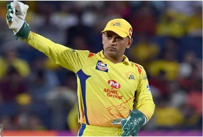 Aakash chopra picks ms dhoni as captain of all time ipl xi no place for chris gayle 4071278