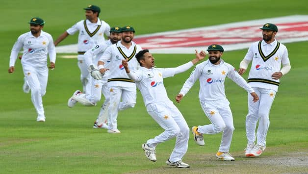 England vs Pakistan 2020, 1st Test, Manchester: Shan Masood, Mohammad Abbas Make It PAK's Day