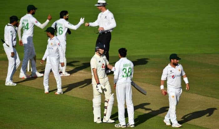 ENG vs PAK Report: Crawley Scores Fifty, Abbas Scalps Two as 2nd Test Ends in a Draw