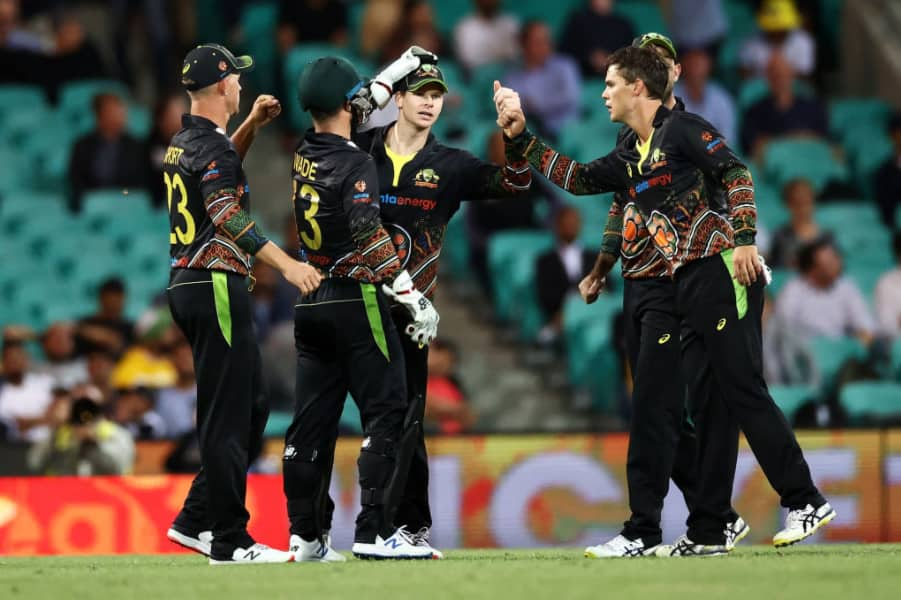Live cricket score india vs australia 3rd t20i live updates ball by ball commentary of 3rd t20i at sydney cricket ground sydney 4251433