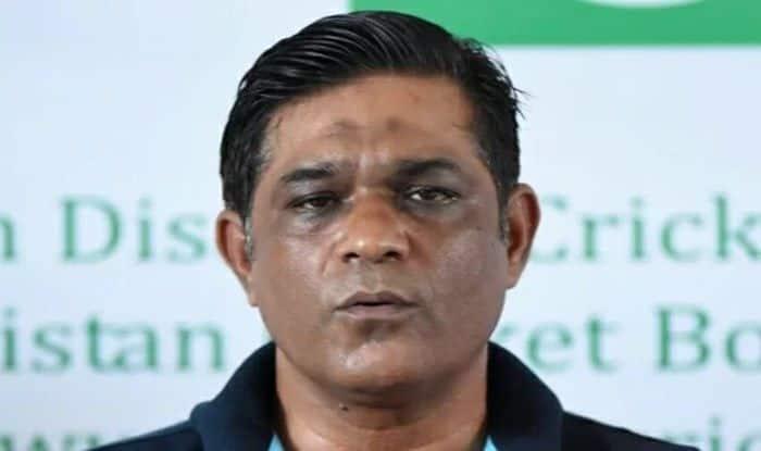 Babar Azam Has to Become a Leader Like Virat Kohli: Rashid Latif