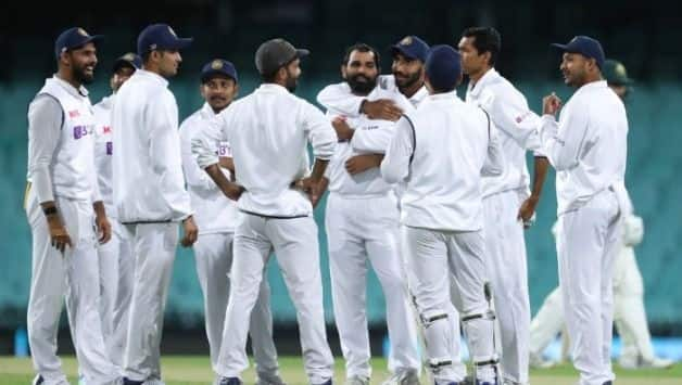 IND vs AUS A Pink-Ball Practice Match: Pacers Shine as India Take 86-Run Lead on Day 1 Despite Dismissal Show From Batsmen