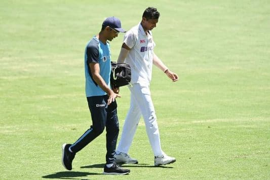 Australia vs India, 4th Test: Navdeep Saini under the supervision of BCCI Medical Team after complain of Groin Injury