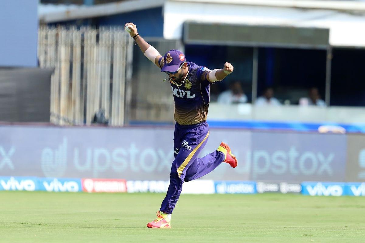 Kohli Opts to Bat