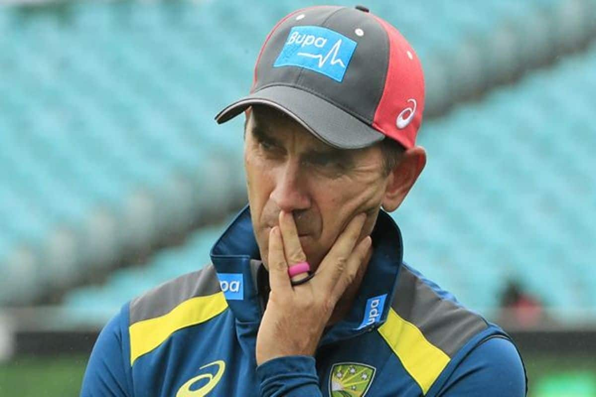 Justin Langer under pressure to change his coaching style