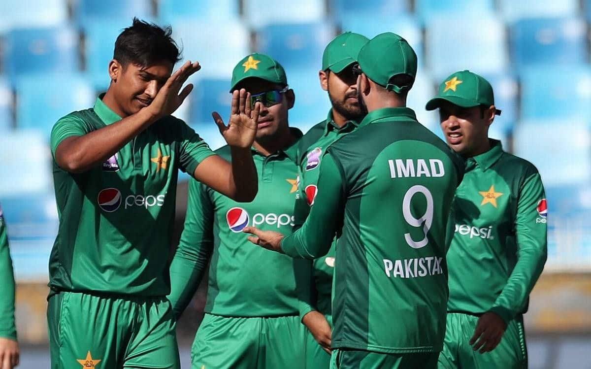इसके बाद पाकिस्तानी टीम को वेस्टइंडीज दौरे पर 27 जुलाई से 24 अगस्त के बीच 5 वनडे और दो टेस्ट मुकाबलों की सीरीज खेलनी है.