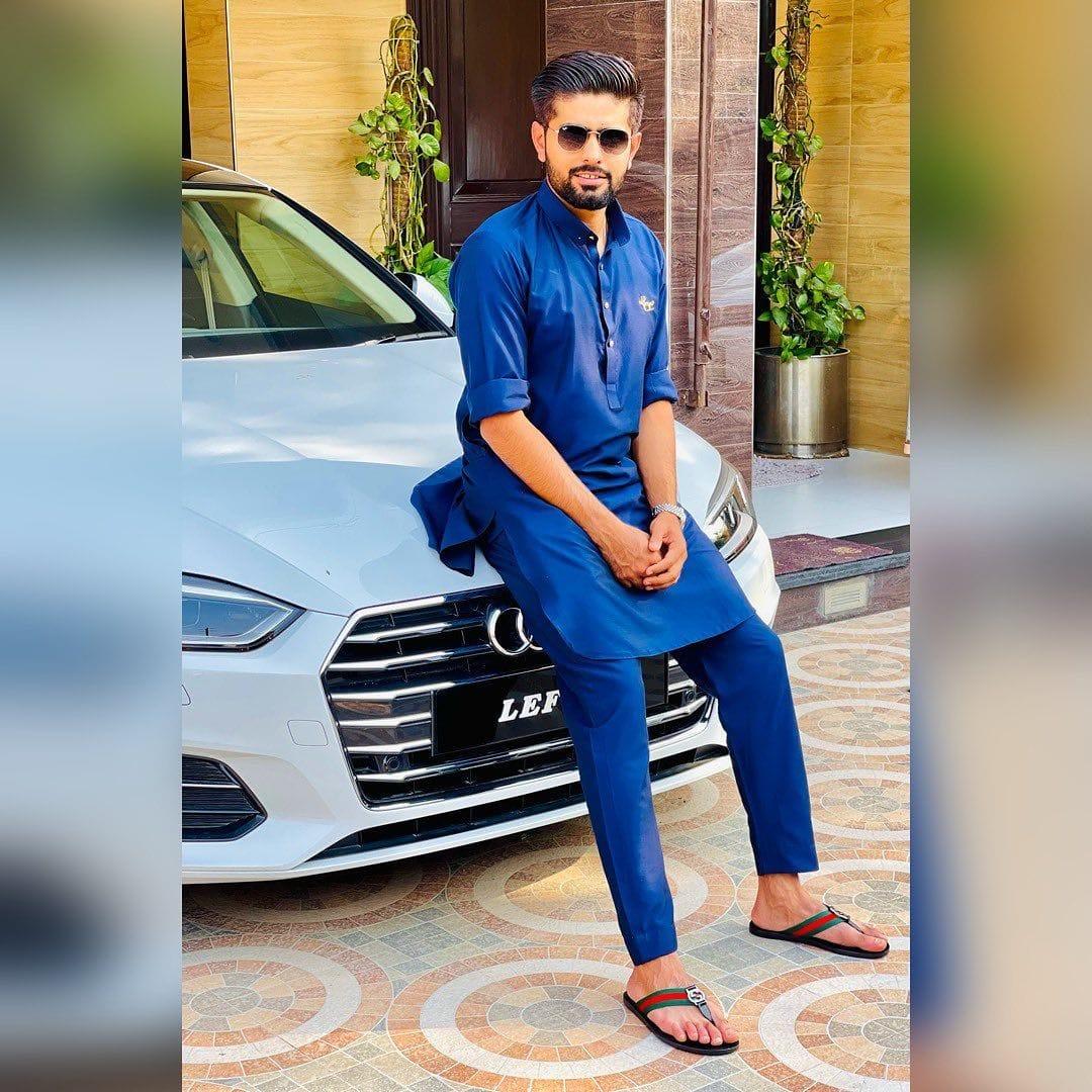 पाकिस्तान क्रिकेट टीम के कप्तान बाबर आजम कुछ महीनों में निकाह करने जा रहे हैं