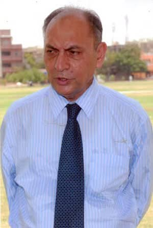 Karachi Cricket Association secretary disqualified for criticising PCB