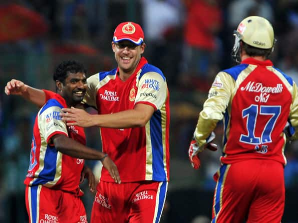 Muralitharan spins Royal Challengers Bangalore to victory over Delhi Daredevils in IPL 2012 match