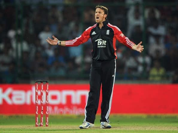 Morne Morkel replaces Graeme Swann as No. 1 ODI bowler