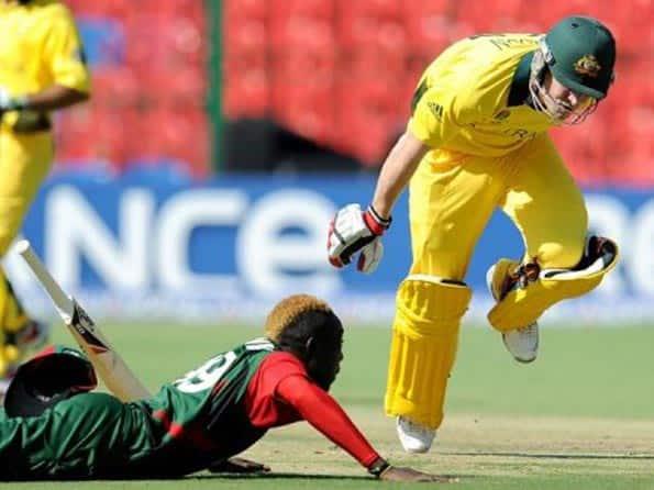 Australia down Kenya to reach quarter-finals