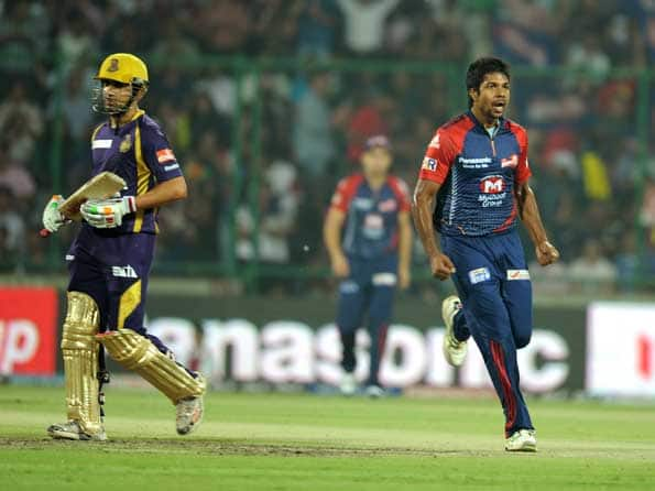 IPL 2012: Delhi gave away too many extras, says Varun Aaron